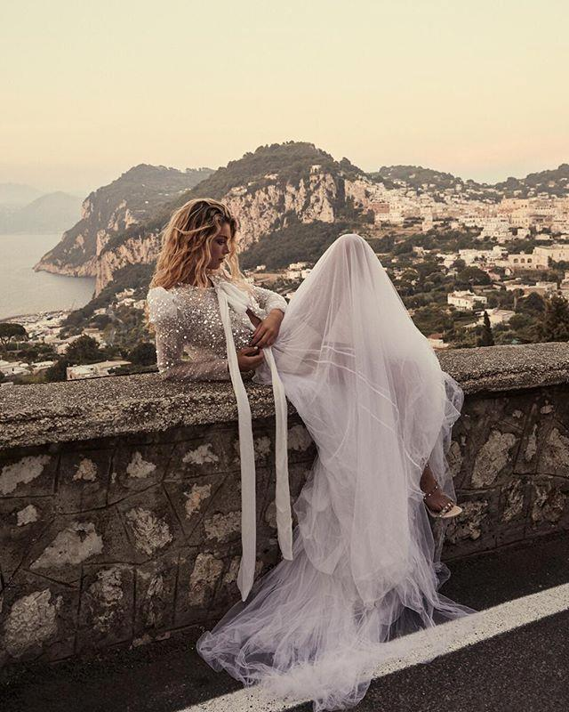 "**One Day Bridal** <br> <br> *Getting married? Join our private group, [**The Bridal Directory**](https://www.facebook.com/groups/354270651754141|target=""_blank"") or follow [**Bazaar Bride on Pinterest**](https://www.pinterest.com.au/bazaaraustralia/
