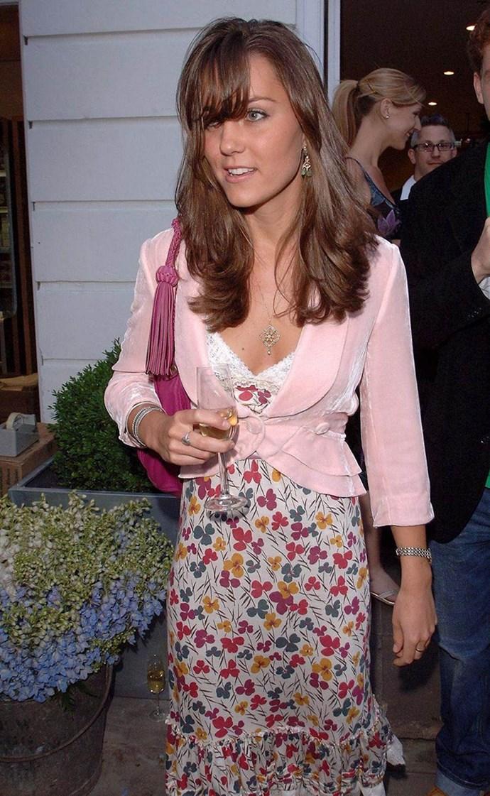 Showing off her side fringe in 2006.