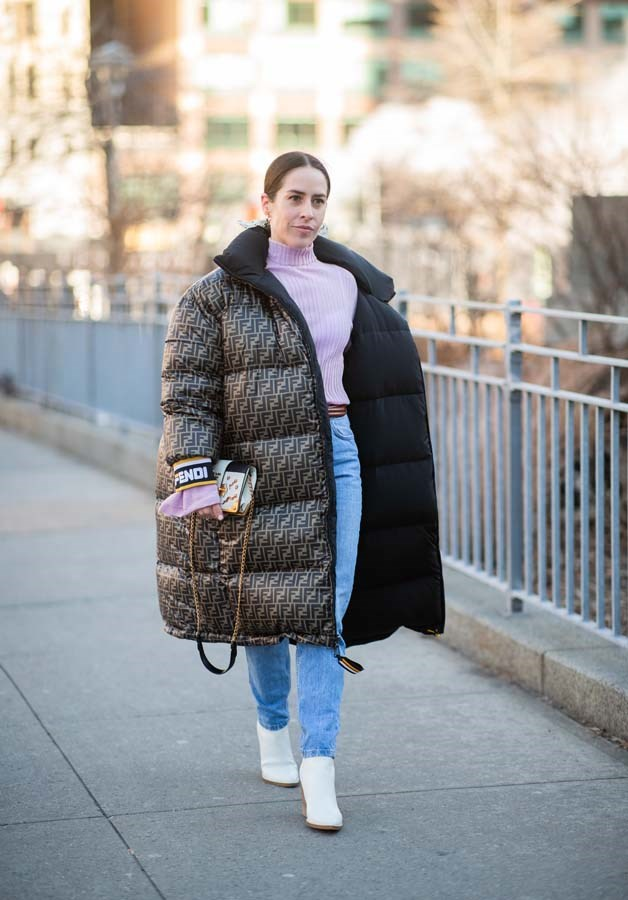 *OTT Coats*<br><br> Skip the dainty duster or sleek trench, street-style stars are bringing back the statement coat.