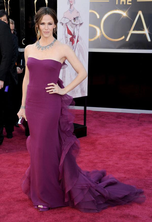 **SAGITTARIUS** <br>Your colour: Plum  <br>Sagittarius's generous, idealistic nature lends itself to strong colors like purples and plums, like Jennifer Garner's gorgeous Gucci gown.