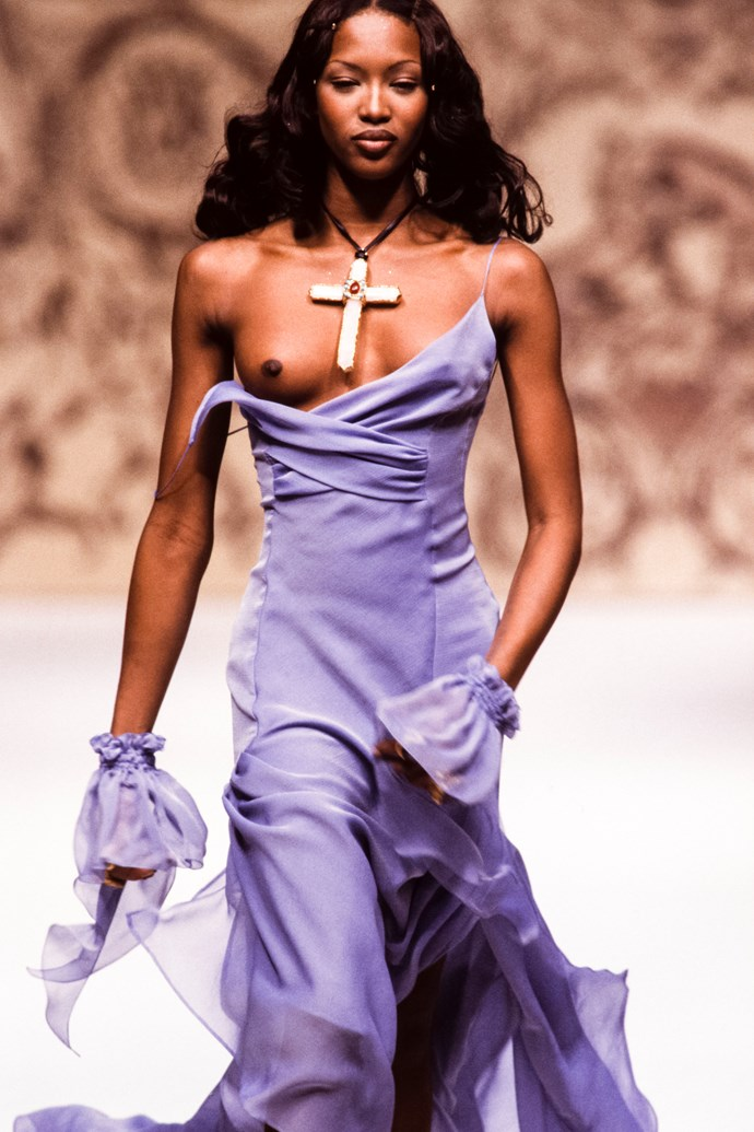 Naomi Campbell at Chanel Haute Couture spring/summer '93.