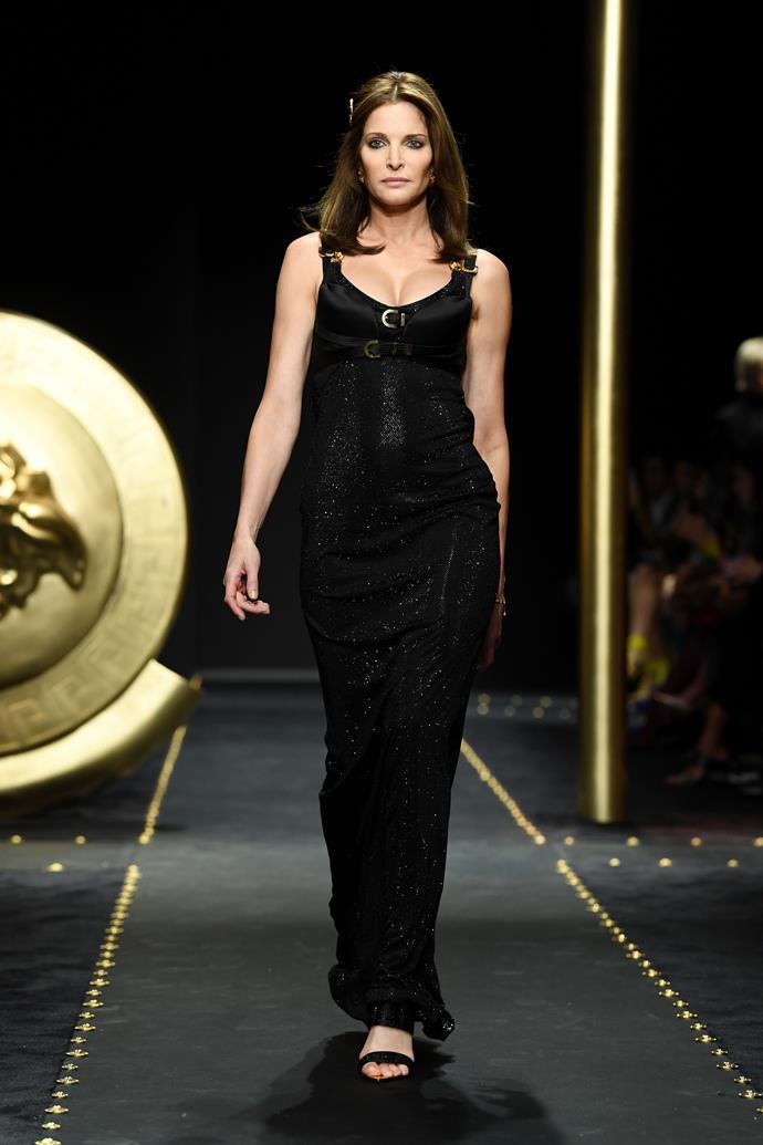 Stephanie Seymour (age 50) at Versace autumn/winter '19.