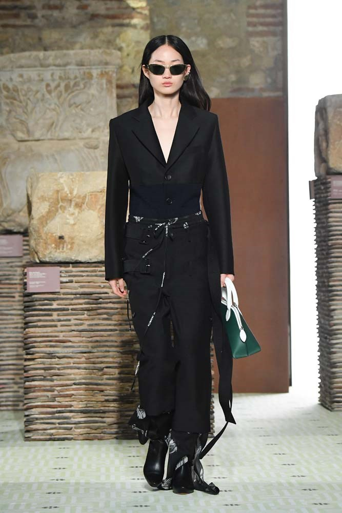 ***Strong Tailoring***<br><br> Soft, slouchy tailoring certainly had its moment, but if we learnt anything from Paris Fashion Week, it's that streamlined, strong tailoring is back. Think impeccably cut shoulders and nipped waists.<br><br> Lanvin autumn/winter '19.