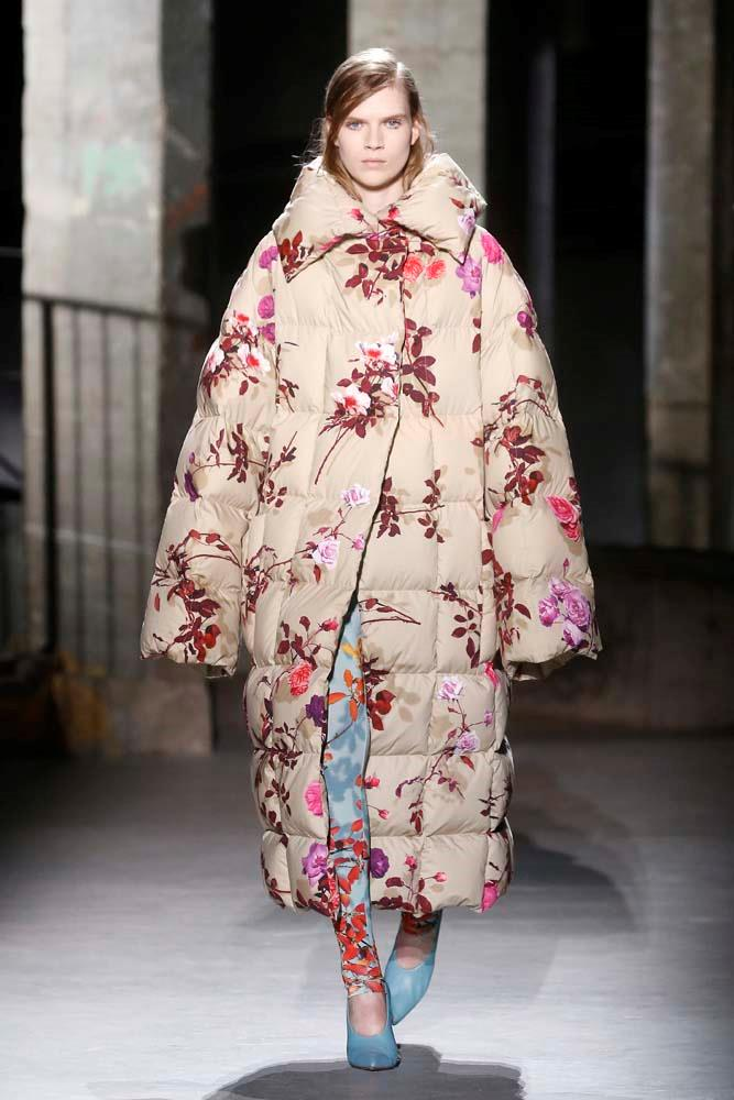 ***Quilted jackets***<br><br> Just in case you had any doubts that the puffa was here to stay. Fashion month even amped it up another level, adding prints into the mix.<br><Br> Dries Van Noten autumn/winter '19.