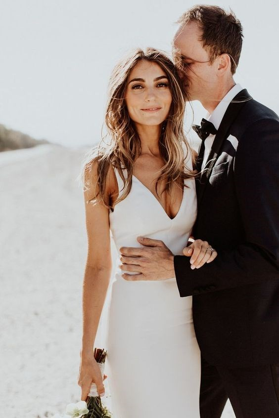 "**Australia: 'Simple wedding dress'** <br><br> In line with our down-to-earth approach to dressing, Australian brides favour a pared-back look with no embellishment and a figure-hugging silhouette. <br><br> *Image: [Pinterest](https://www.pinterest.com.au/pin/824792119233462966/|target=""_blank""
