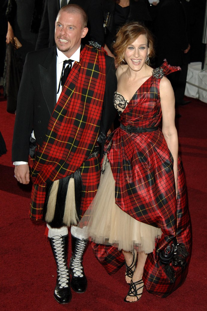 "**Sarah Jessica Parker and Alexander McQueen at the Met Gala (2006)** <br><br> Okay, so we know 2006 isn't the early '00s, but it would be criminal not to mention Sarah Jessica Parker's overwhelming tartan moment at that year's Met Gala, which she attended with the late, great [Alexander McQueen](https://www.harpersbazaar.com.au/fashion/kate-middleton-alexander-mcqueen-history-13462|target=""_blank"")."