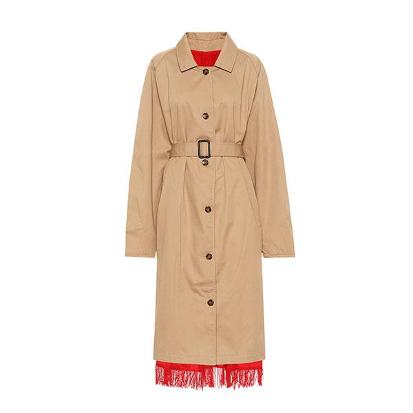 """**Buy:** <br><br>Trench by Vetements, $3,945 at [MyTheresa](https://www.mytheresa.com/en-au/vetements-reversible-trench-coat-1193233.html