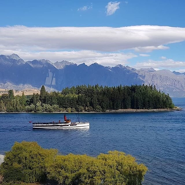 """***[QT, Queenstown](https://www.qthotelsandresorts.com/queenstown/