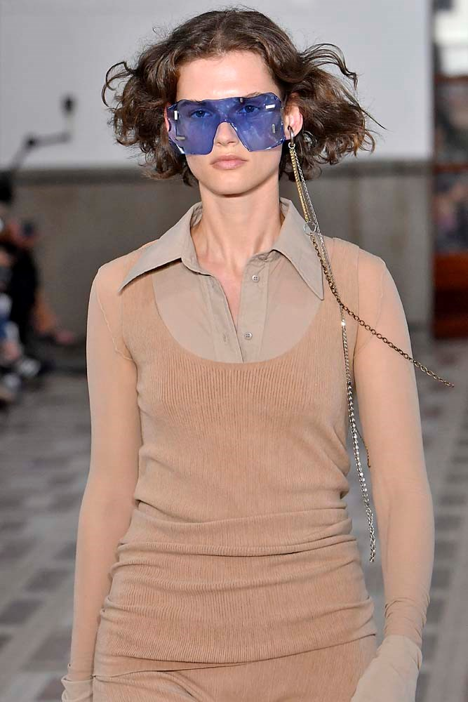 ***SHIELD SUNGLASSSES***<br><br> Thank Kim Kardashian and Loewe. Oversized 'shield' sunglasses—specifically those that wrap all the way around—will be spotted in abundance. <br><br> *Pictured: Acne Studios spring/summer '19.*