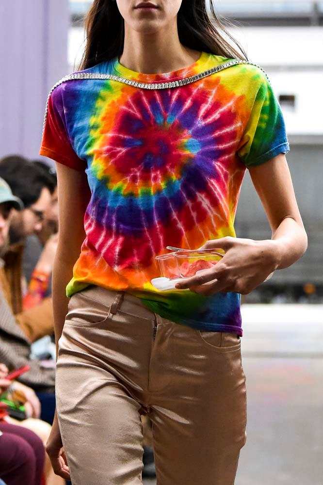 ***TIE DYE***<br><bR> Tie dye was a staple at music festivals in the '60s and '70s and you'll see it again in 2019. After dominating runways and street style, we can expect this psychedelic print to reach California, too.<br><br> *Pictured: Collina Strada autumn/winter '19/'20.*