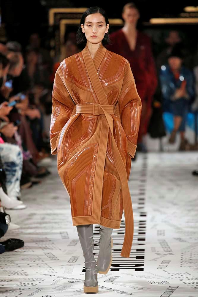 ***A Wrap Coat***<br><br> After Stella McCartney's parade of kimono-style wrapped coats, we've had wrapping on the brain. After all, what could be cosier than swathing yourself tighter inside a belted coat as the wind picks up?<br><br> *Pictured: Stella McCartney autumn/winter '19.*