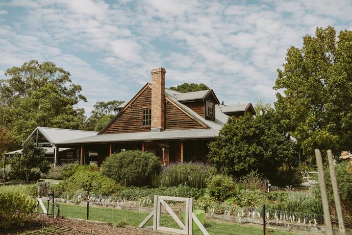 **On the location:** As soon as I walked across the grounds of Circa1876 I could just see us getting married there. The cottage has so much history and character, and the property really captured our vibe as a couple. It was love at first sight.