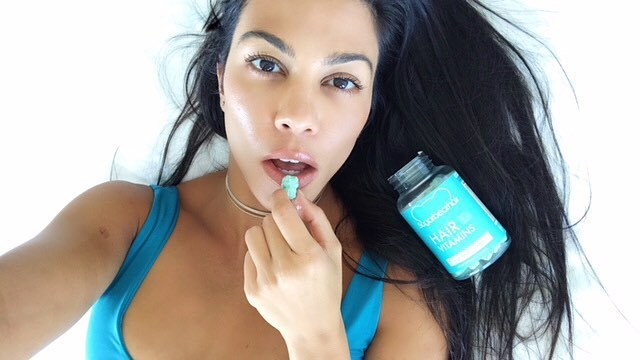 ***Kourtney Kardashian***<br><br> Followers (at time of writing): 76.1 million.<br><br> Makes per post: According to reports, Kourtney can make anywhere from $348,000 to $557,000, depending on the brand.