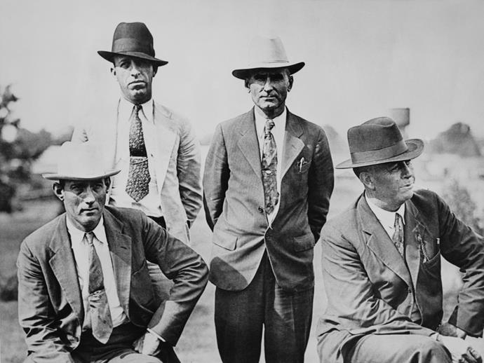 B.M. Gault (second from right) and Frank Hamer (right) in 1934.