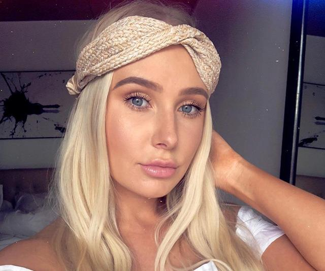 """**10. [LAUREN CURTIS](https://www.instagram.com/lozcurtis/?hl=en target=""""_blank"""" rel=""""nofollow"""")** <br><br> *Instagram followers: 1.4 million* <br><br> This 26-year-old beauty blogger and YouTuber is the most-followed beauty influencer in Australia, eclipsing even Chloe Morello with her 3.5 million YouTube subscribers, plus her 1.4 million Instagram followers. Her net worth is estimated at around $500,000 AUD, thanks to partnerships with Colgate, Garnier and Bosot Juice."""