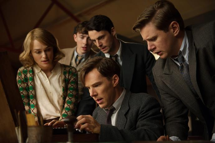**The Imitation Game (22/05/2019)** <br><br> During World War II, the English mathematical genius Alan Turing tries to crack the German Enigma code with help from fellow mathematicians.