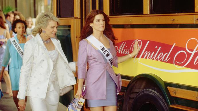 **Miss Congeniality (22/05/2019)** <br><br> An F.B.I. Agent must go undercover in the Miss United States beauty pageant to prevent a group from bombing the event.