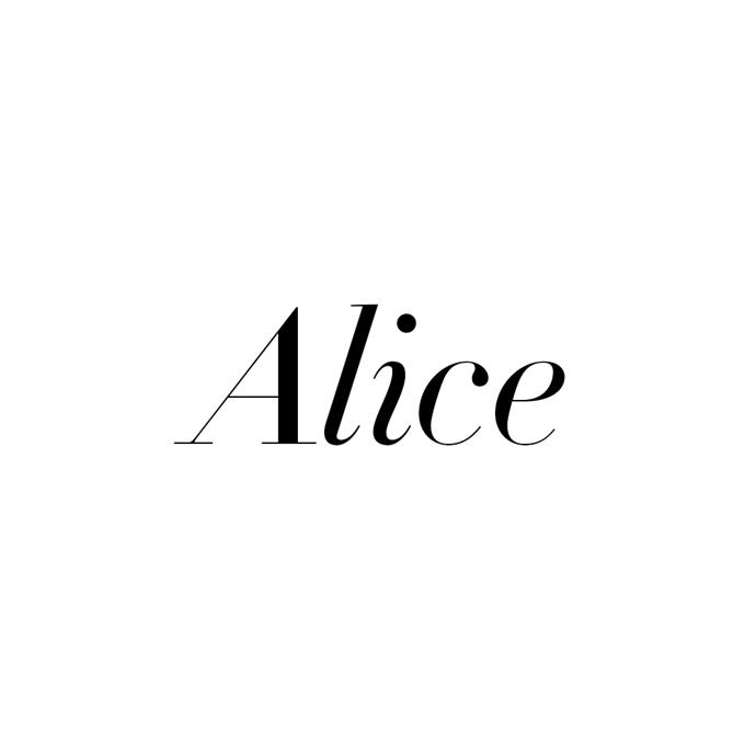 ***Alice***<br><br>  Also on the noble side, 'Alice' follows Grace with odds of 12/1.