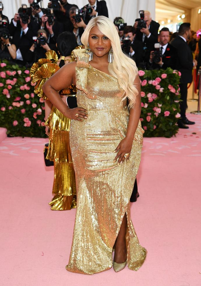 Mindy Kaling in Moschino.