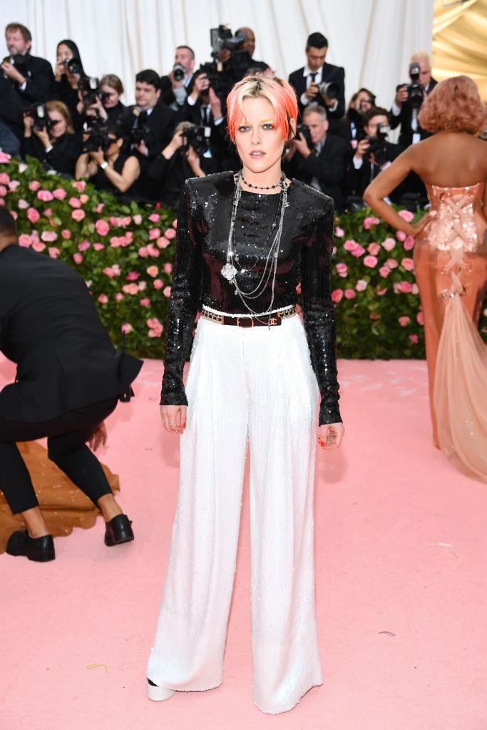 Kristen Stewart in Chanel.