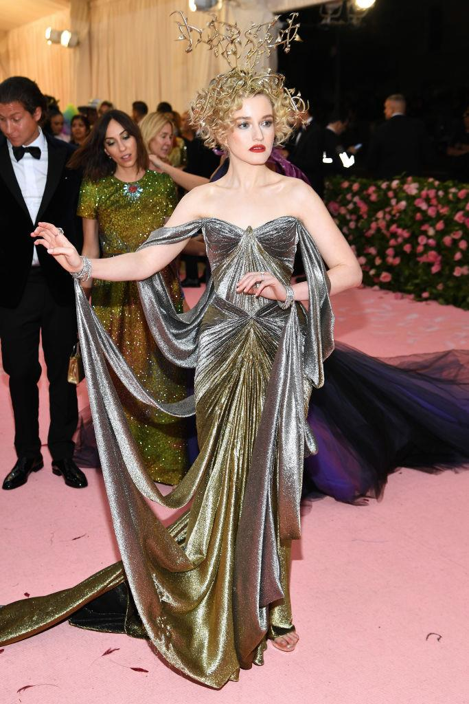 Julia Garner in Zac Posen.