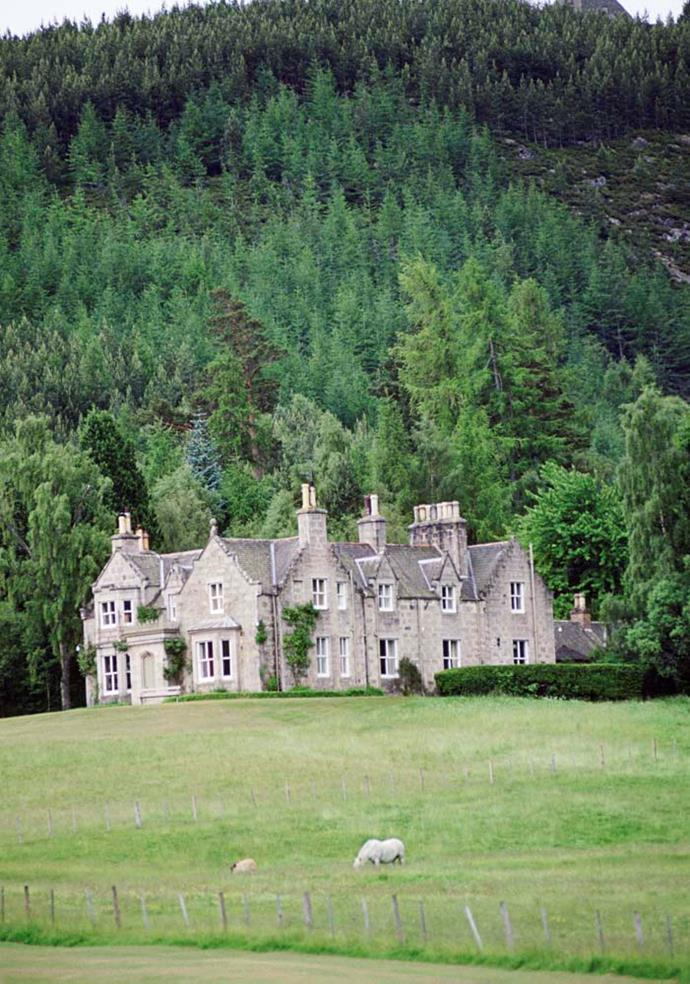"**The Property:** Craigowan Lodge.<br><br> **The Location:** Balmoral, Aberdeenshire.<br><br> **The History:** Located on the Balmoral Castle estate, this seven-bedroom ""rustic"" home is used as a guest house for visiting residents, including politicians and foreign royals.<br><br> **Who Lives There:** The Queen and the Duke of Edinburgh."