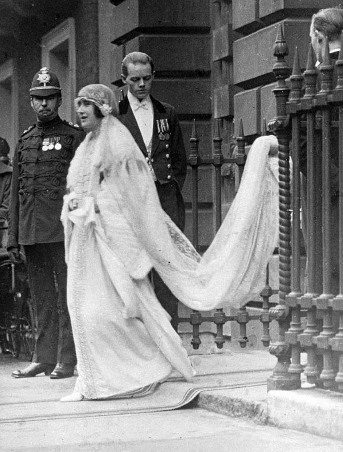 **Lady Elizabeth Bowes-Lyon and Prince Albert, Duke of York**<br><br> Despite the fact that she was marrying the future King of England (although neither of them knew that), Lady Elizabeth Bowes-Lyon, later the Queen Mother, went decidedly low-key for her wedding.<br><br> The Lady opted out of wearing a traditional tiara and wore a chaplet of leaves, and her wedding dress was only completed by the dressmakers the night before.