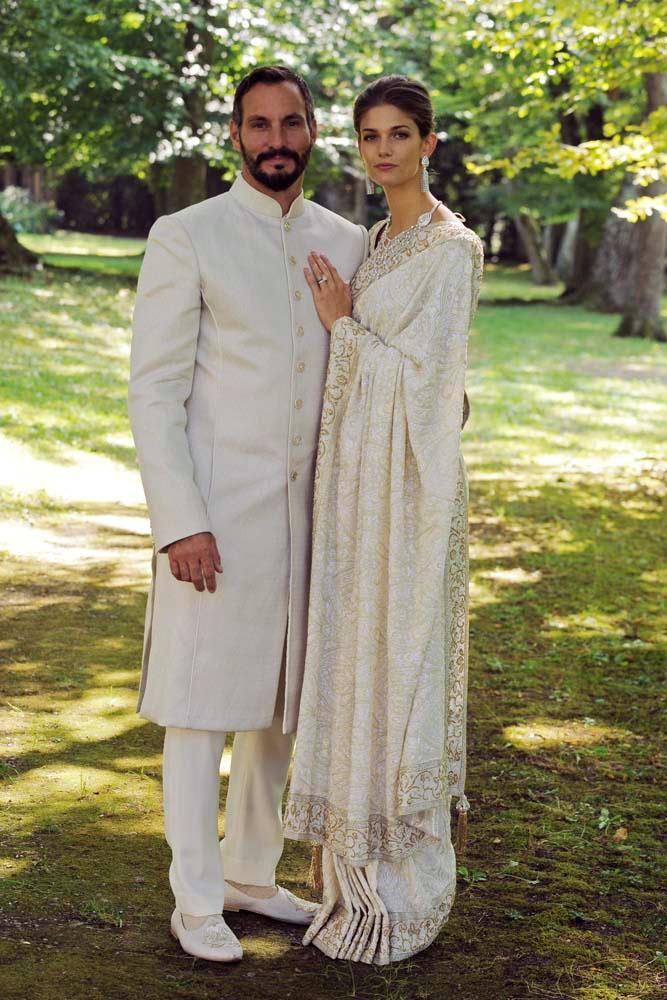 **Prince Rahim Aga Khan and Kendra Spears**<br><br> American model Kendra Spears married Prince Rahim Aga Khan at the Château de Bellerive in Geneva, after which she became known as Princess Salwa.<br><br> The wedding was held outside with only a handful of friends and family in attendance. The bride wore a cream sari and diamond jewellery.