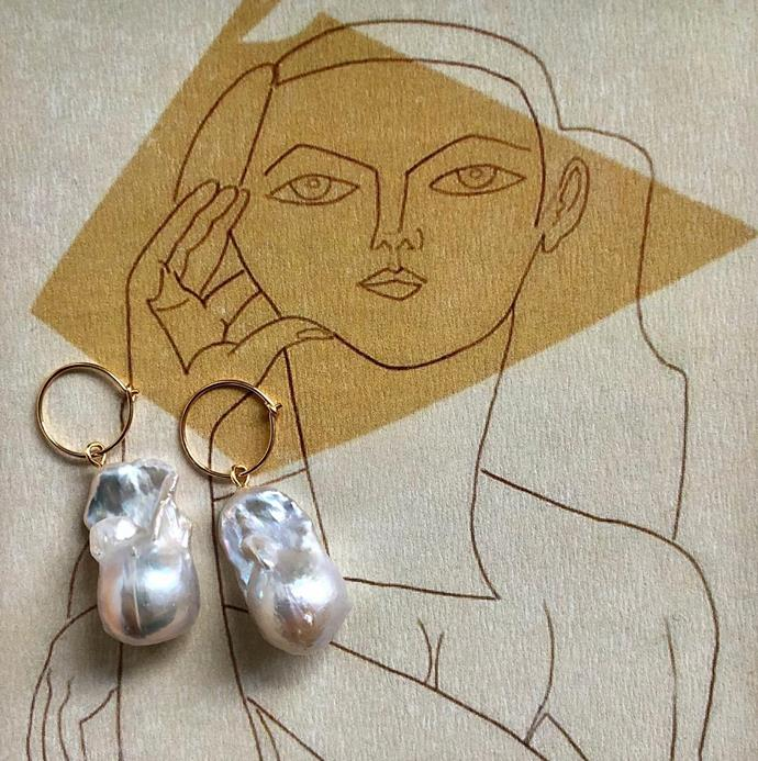 """***Albus Lumen***<br><br> The Australian-based label behind your linen summer wardrobe (beloved by fashion editors and influencers alike), Albus Lumen does oversized pearls suspended from delicate gold hoops and soft fabric cords. <br><br> Shop [here](https://www.albuslumen.com/