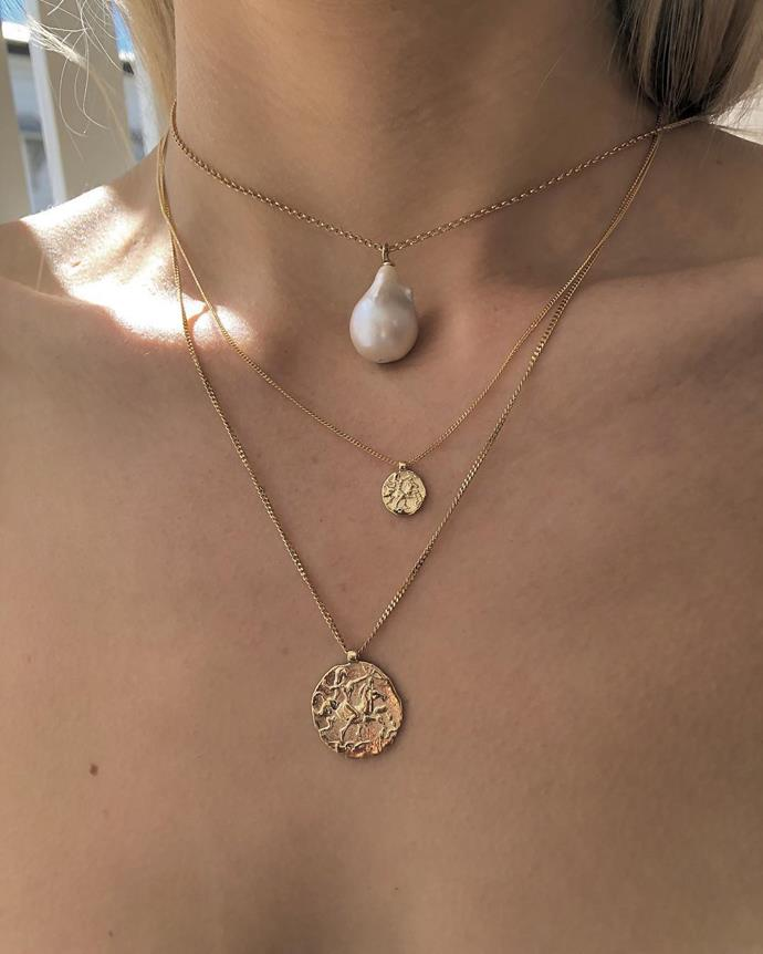 """***Natasha Schweitzer***<br><Br> Designed and hand-crafted in Australia, Natasha Schweitzer—run by sisters Natasha and Alexandra—leans on simple shapes and sculptural twists, made in gold and silver.<br><Br> Shop [here](https://natashaschweitzer.com/