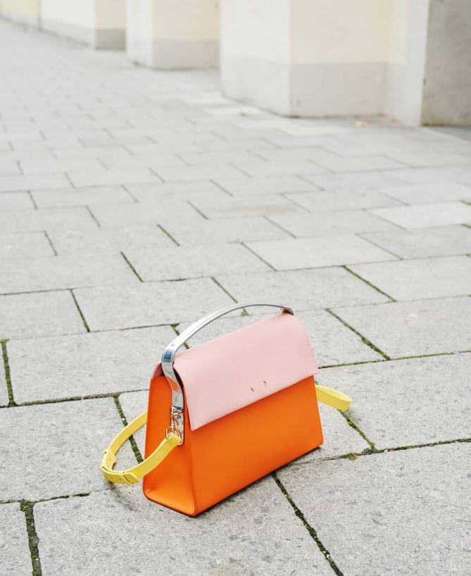 "<strong>[PB 0110](https://pb0110.com/|target=""_blank""