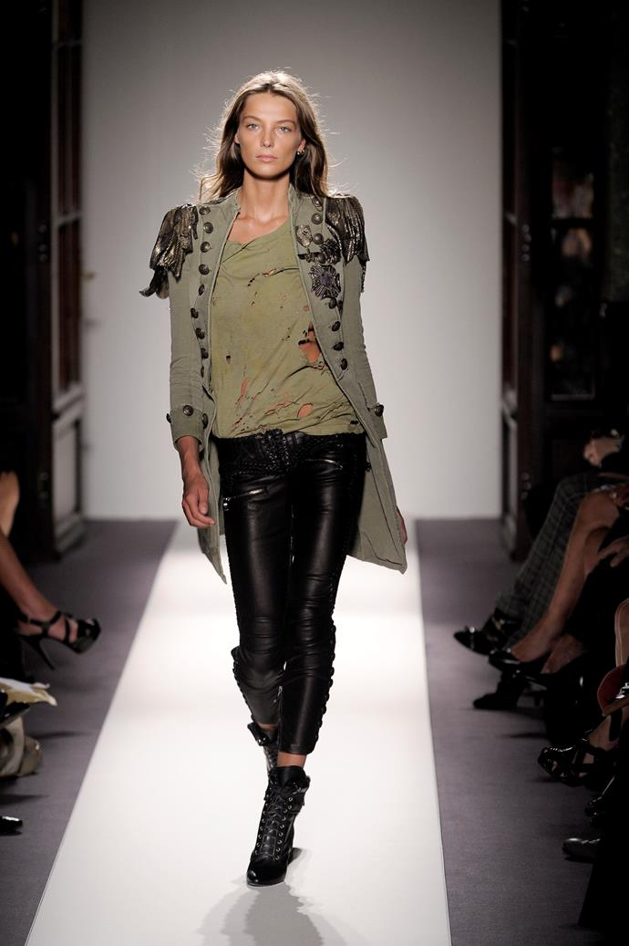 Daria Werbowy on the runway for Balmain in 2010.