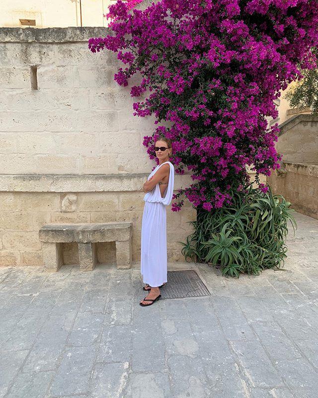 "Lara Worthington in Puglia, Italy. <br><br> *Image: Instagram [@laraworthington](https://www.instagram.com/p/BzoSeiZo6c1/|target=""_blank""|rel=""nofollow"")*"