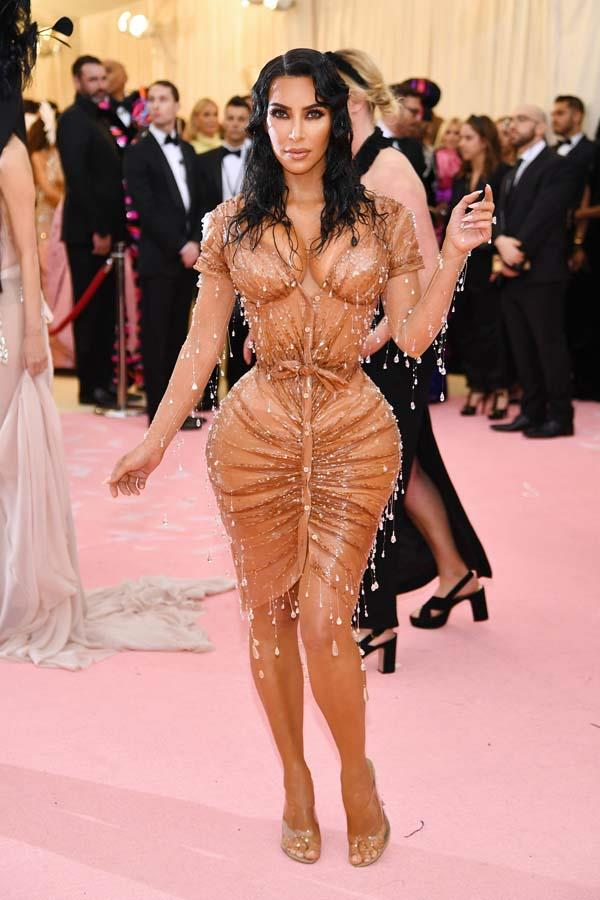 "*Kim Kardashian's Mugler corset*<br><br> No one can deny that Kim Kardashian's Mugler dress at the 2019 Met Gala had a huge visual impact. But it turns out that the tiny waist created by the dress' in-built corset was more than a little painful. ""I have never felt pain like that in my life,"" said Kardashian to *[WSJ. Magazine](https://www.wsj.com/articles/kim-kardashian-cover-interview-kimono-shapewear-11562584099