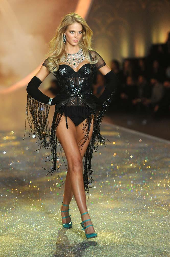 "***Erin Heatherton***<br><br> [In an interview,](https://time.com/4273928/erin-heatherton-victoria-secret-body/|target=""_blank""