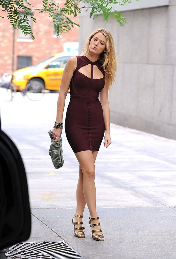 **Her body-con dresses:** In the height of Hervé Léger hysteria, Serena wore this knock-out burgundy number that had us all heading to our local American Apparel store to find a suitable dupe.