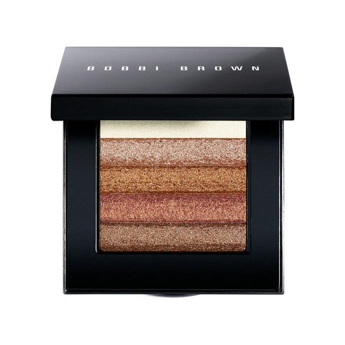 "***Shimmer Brick Compact by Bobbi Brown***<br><Br> For an added dose of shimmer, Kate uses... you guessed it, a Bobbi Brown compact called 'Bronze Shimmer Brick'.<br><br> Shimmer Brick Compact, $75 by [Bobbi Brown](https://www.bobbibrown.com.au/product/14022/8219/makeup/face-and-cheek/shimmer-brick/bronze-shimmer-brick/award-winner|target=""_blank""