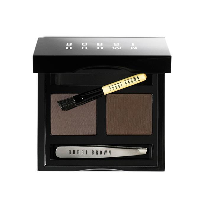 "***Dark Brow Kit by Bobbi Brown***<br><br> For her classic dark brows, Kate turns to favourite Bobbi Brown's DIY kit.<br><br> Brow kit by Bobbi Brown, $75 at [Adore Beauty](https://www.adorebeauty.com.au/bobbi-brown/bobbi-brown-medium-brow-kit.html|target=""_blank""|rel=""nofollow"")."