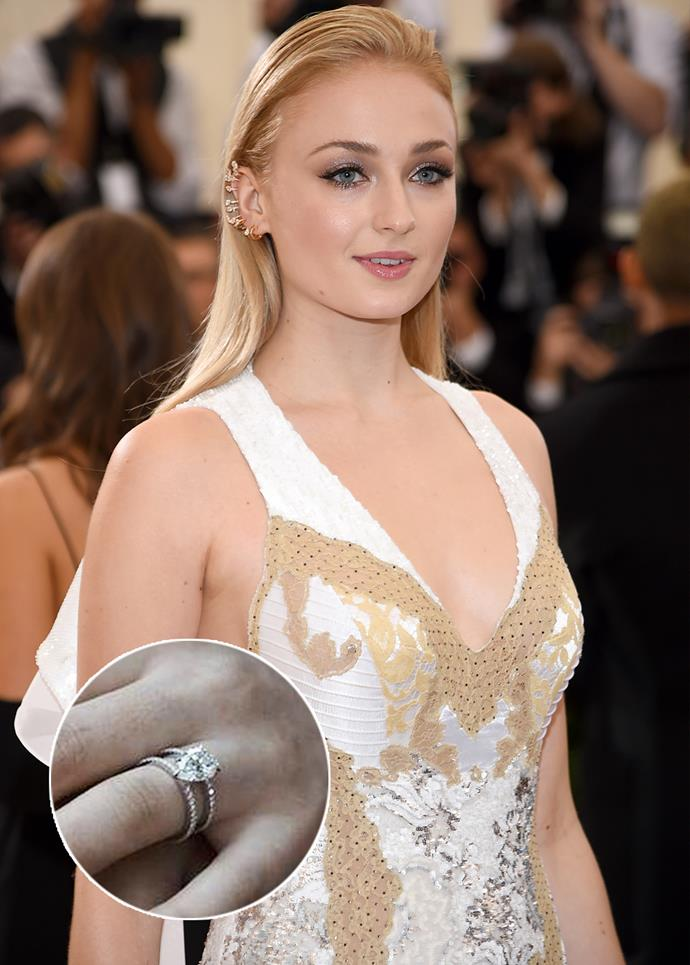 When Joe Jonas designed Sophie Turner's engagement ring, he chose to suspend the pear-cut diamond between two bands, instead of setting in the middle of one.
