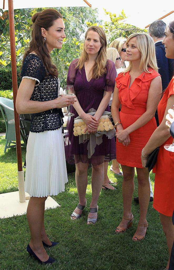 **Reese Witherspoon meeting Kate Middleton in 2011**