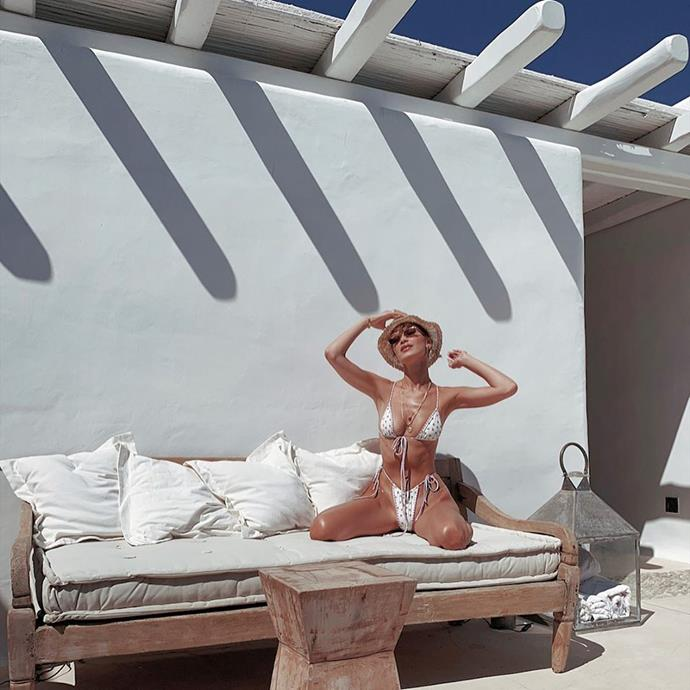 "Bella's follow-up suit came in the form of a [For Love And Lemons white string bikini](https://forloveandlemons.com/|target=""_blank""