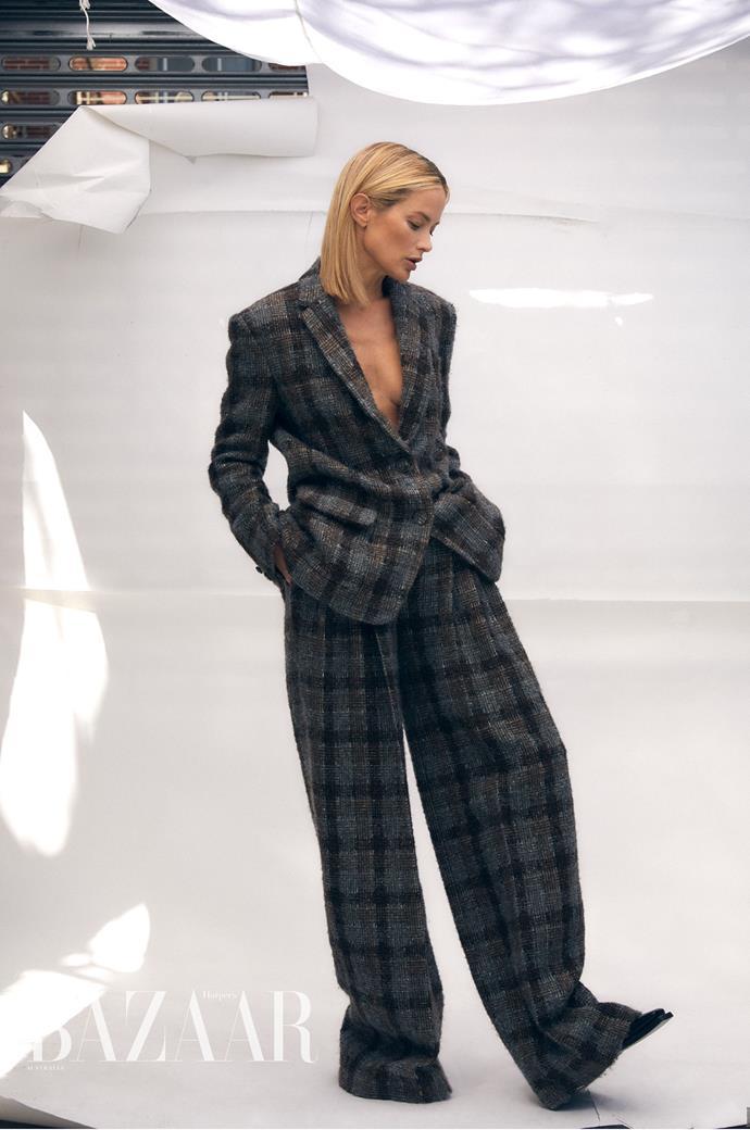 Carolyn Murphy for *Harper's BAZAAR Australia* Image: Darren McDonald Wearing: Chanel