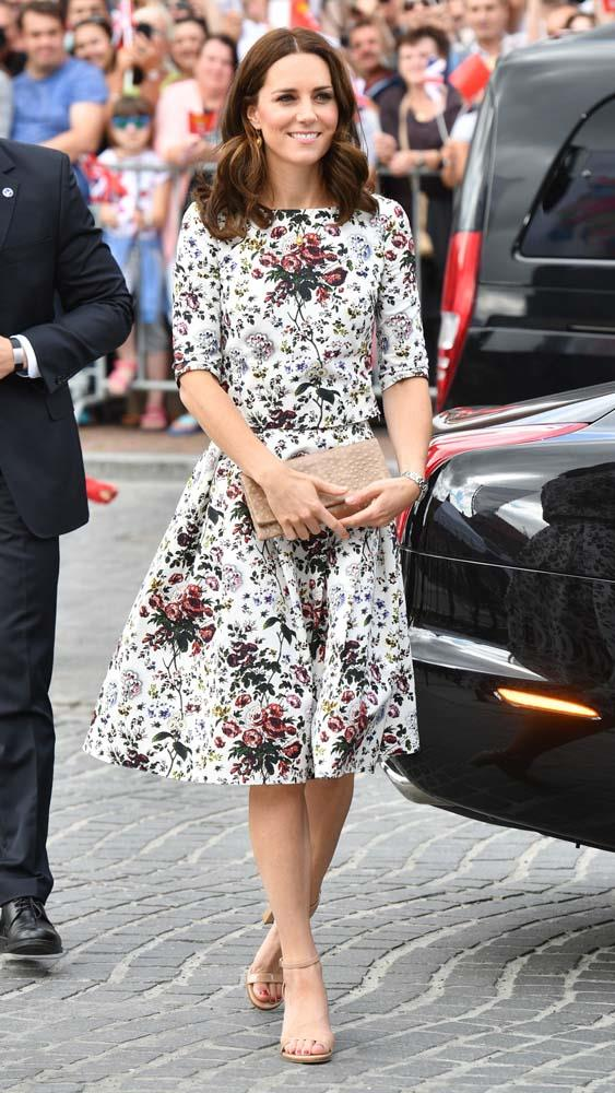 ***Sandals***<br><Br> While we're not sure the reasoning why (there isn't a 'royal rule' against it), we've only ever seen Kate wear heeled sandals a handful of times. Flat sandals, on the other hand, have never been seen—not once.