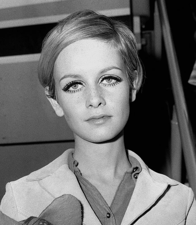 **1966: Twiggy's pixie cut and deep side part**<br><br>