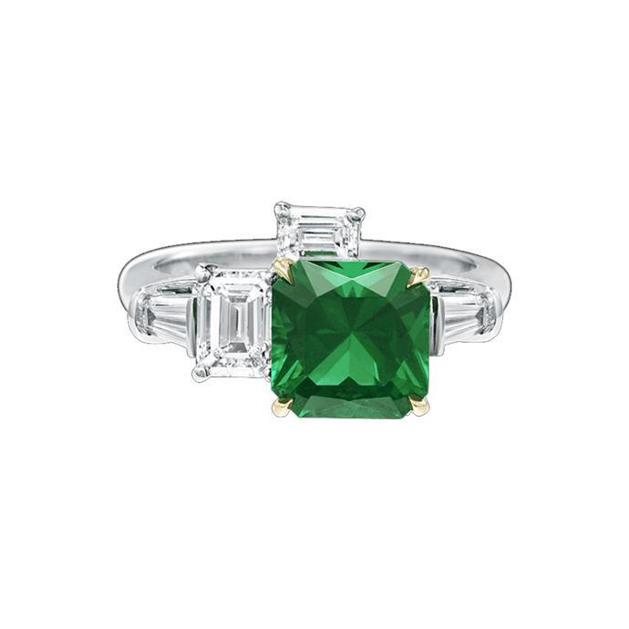 "Diamond and emerald ring, POA by [Harry Winston](https://www.harrywinston.com/en/central-park-harry-winston-emerald-and-diamond-three-stone-ring#|target=""_blank""|rel=""nofollow"")."