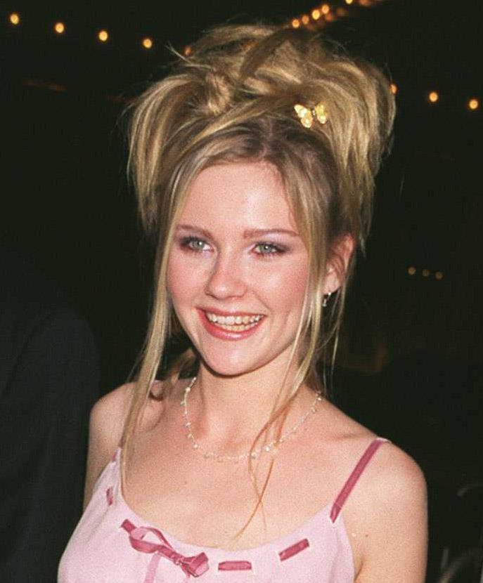 **1997: Butterfly clips à la Kirsten Dunst**<br><br>