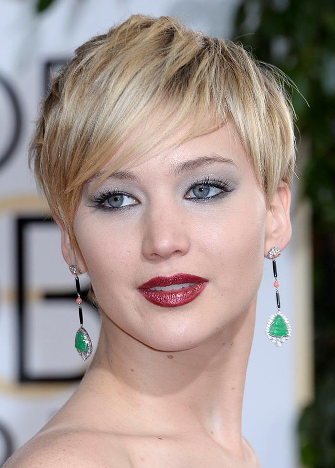 **2014: Jennifer Lawrence's textured pixie cut**<br><br>