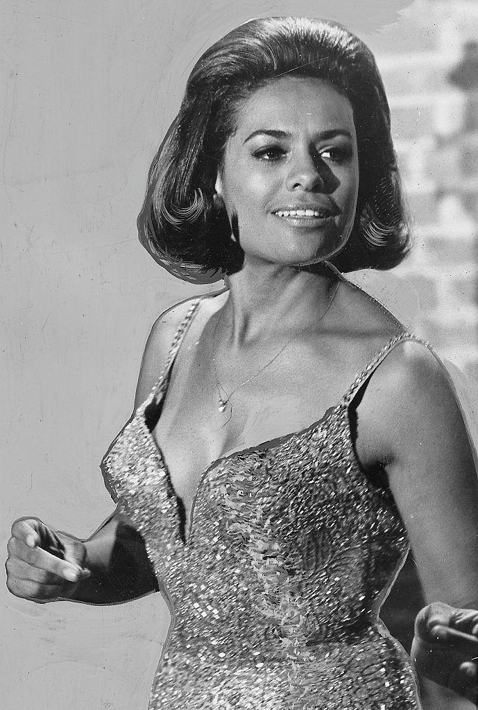 **1968: Barbara McNair's back-combed bob**
