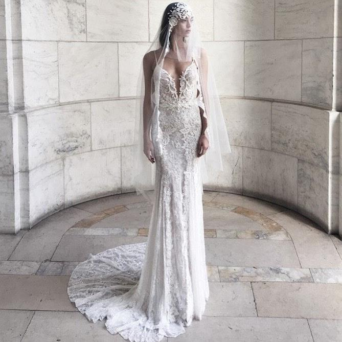 "***Helen Rodrigues***<br><br>  **What:** [Spring clearance sample sale](https://www.sincerely.com.au/|target=""_blank""