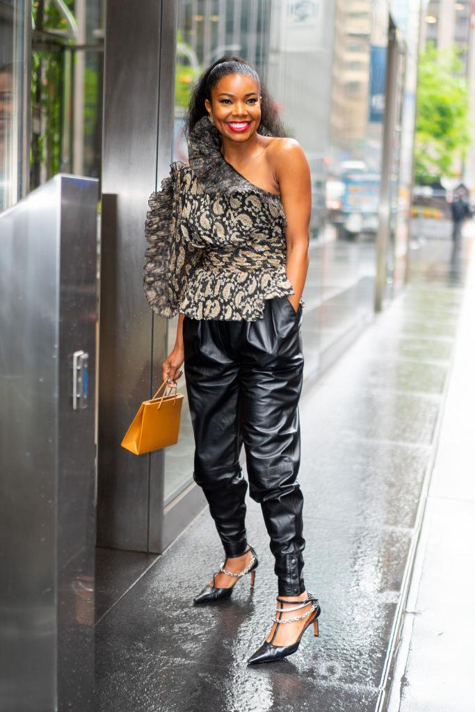 "Gabrielle Union carrying the Medea ""Prima Hanna"" leather tote in Mimosa, $667, from [Net-A-Porter](https://www.net-a-porter.com/au/en/product/1167914